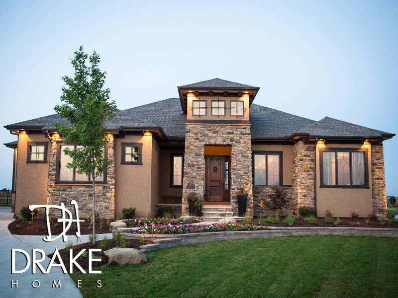 Des moines home show expo drake homes for Drake homes